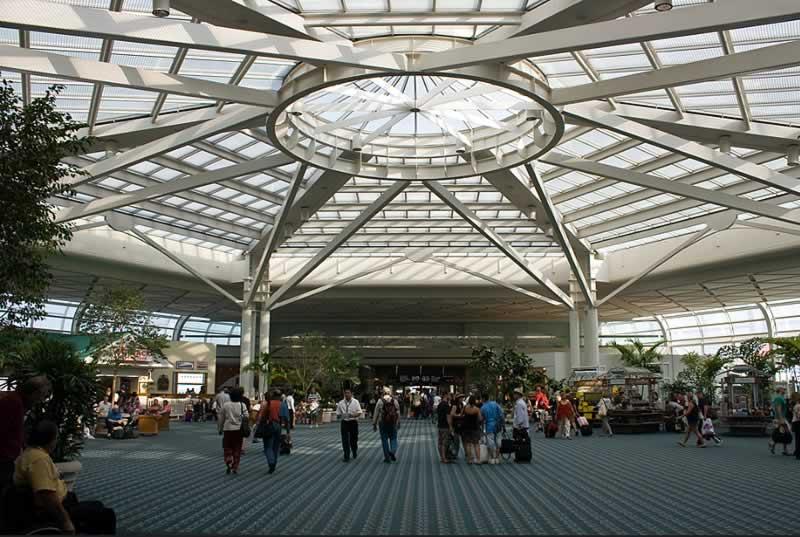 pátio do aeroporto internacional de orlando